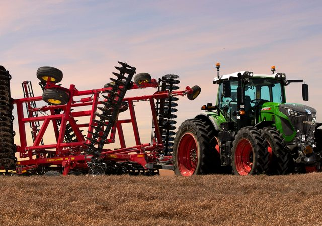 Fendt Tractor pulling Sunflower Tillage Equipment
